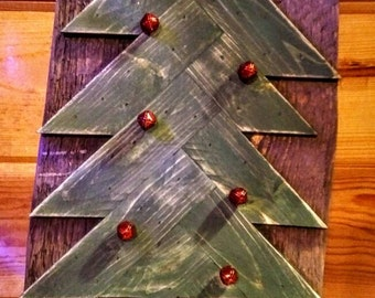 Reclaimed wood Christmas tree with presents