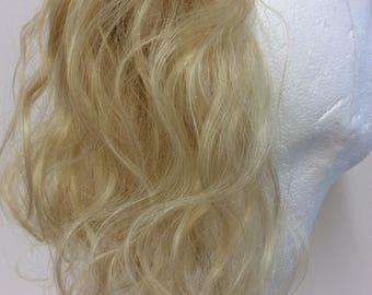 human hair ponytail /scrunchie very blonde (sw) 12 inches wavy 43g