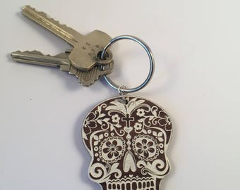 Sugar skull keychain with color fill