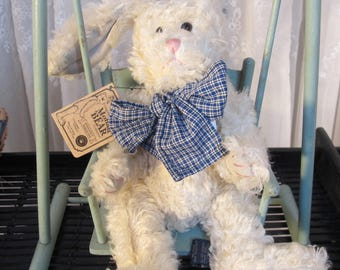"Vintage '98 Rosalyn P. Harrington plush  off white curly mohair 12""Easter bunny #590140-01"