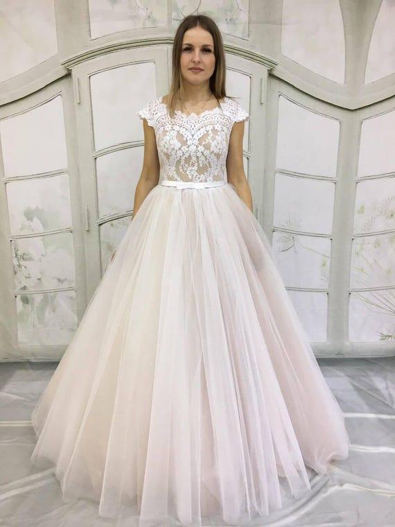 Erröten Hochzeitskleid Beige Licht-als-Luft Hochzeit Kleid