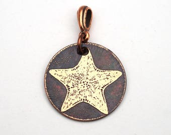 Etched copper starfish pendant, small round flat ocean jewelry, 25mm