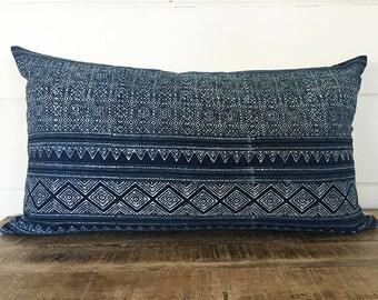 Vintage Hmong Batik Pillow Cover/MALAI 14 x 24