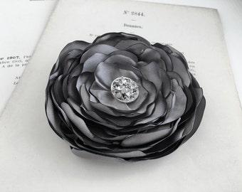 Grey Flower Hair Clip.Gray Flower Brooch.Gray Pin.Hair Accessory.Corsage.Medium Grey.wedding.hair piece.headpiece.bridesmaid.flower girl.