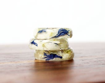Daisy Cornflower Ring, Resin Ring, Real Flower Ring, Resin Jewelry, Pressed Flowers, Flower Resin Ring, Nature Ring, Epoxy, Gifts under 20