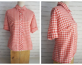 XL size Red and White Gingham vintage Blouse 70s.