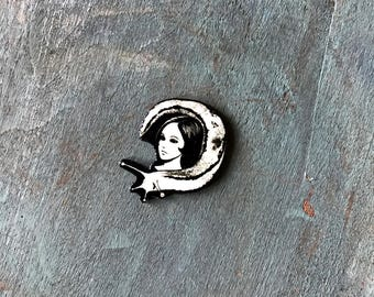 Junji Ito Slug Girl Japanese Horror Manga Graphic Novel Anime Comic Book Character Pulp Pin Button Pinback