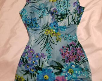 Vintage 40's or 50's Pinup Floral Swimsuit
