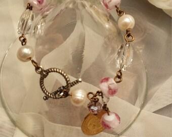 bracelet with assorted stones
