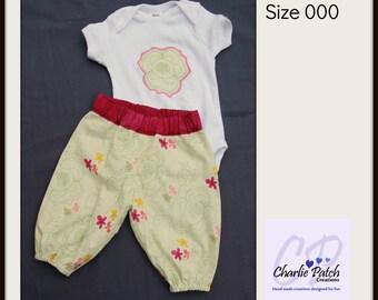 Baby Harem set - Girls size 0-3M