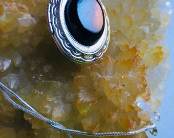 925 sterling silver   Black agate necklace pendant gemstones .weight :10.8 grams