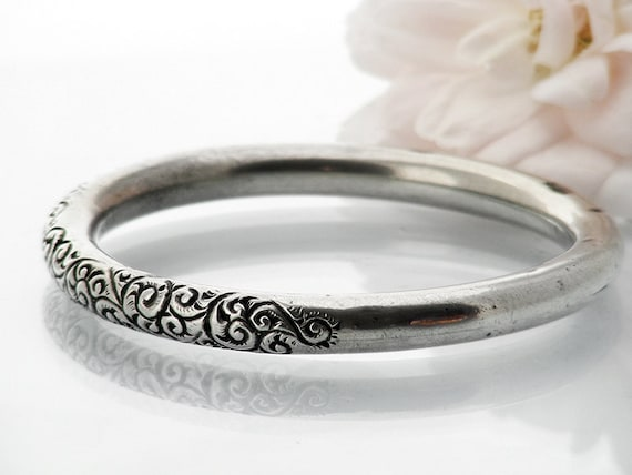 Victorian Sterling Silver Bangle | Antique Silver Bracelet | Hand Chased Acanthus Scroll Pattern | Stamped STERLING Plain Back Silver Bangle