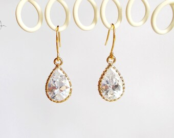 Bridesmaid Earrings, Gold Crystal Earrings, Tiny Tear Drop Pear Dangle Earrings, CZ Wedding Earrings, Bridesmaid Gift, Small Bridal Earrings