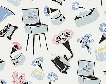 Pastel Thrift by Art Gallery Fabrics - Gramoflora Lullabie  (PST-75505) | Floral Print