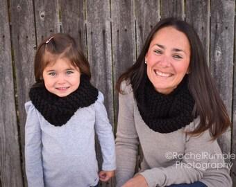 Women's Knit Black Infinity Scarf/fashion/christmas/birthday/secret santa/coworker gift/mothers day/winter/fall