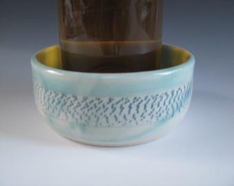 Ceramic Pottery, Wine Bottle Coaster, Turquoise Blue, Chattered