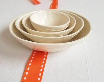 Ceramic nesting bowls. white ceramic bowl set. Hostess gift. Housewarming gift. Condiment dish. Dessert bowls. Jewelry dish. Kri Kri Studio
