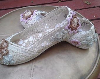 """Upcyclery boutique """"Callie"""" lace floral crochet embellished flats - size 10"""