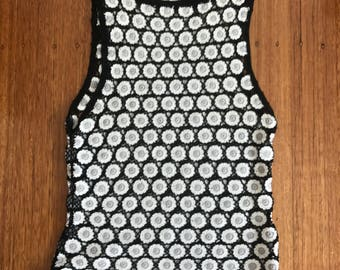 Vintage black and white crochet flower top size 8