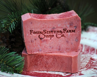 Gift for Grandma, Cranberry Soap, Cranberry Christmas Soap, Gift idea for Grandma, Grandma Stocking, Cranberry Scented