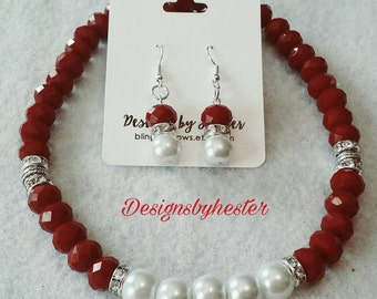 Red and white necklace set