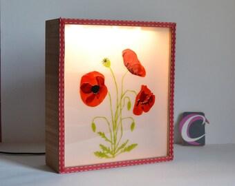 Bright poppy box