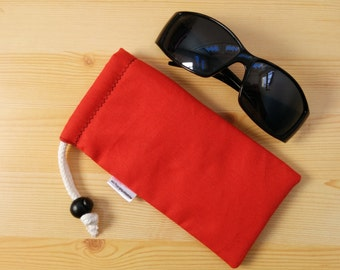 Glasses case,sunglasses case,red glasses pouch,red case,quilted glasses case,sunglasses cover,color block fabric,glasses plain case