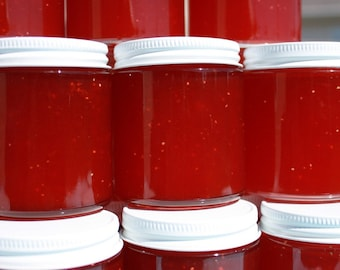 Wedding  party favor, Jam favor, Spread the Love with 100 of our straight sided 4oz glass jars of strawberry pineapple jam