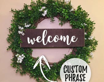 Boxwood Welcome Wreath - CUSTOM Personalized Wood Sign