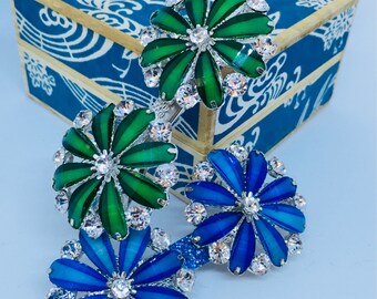 Emerald and sapphire vintage style shoe clips; decorative shoe clips, shoe embellishments; bridal shoe clips; vintage wedding shoe clips
