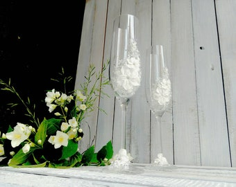 Decorated glasses, Wedding flowers clay toasting flutes, Wedding Champagne Flutes, Swarovski Crystal Jasmine, Personalized Wedding Gift