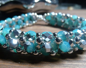 Bracelet with firepolished beads