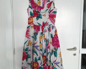 70s does 50s dress