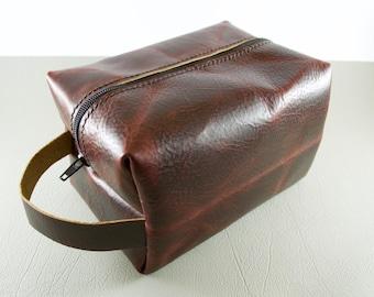 Handmade Leather Dopp Kit, Leather Shave Bag, Leather Toiletries Bag, Leather Makeup Bag, Leather Travel Kit, Dopp Kit for Men, Toiletry Bag