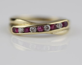 9ct Gold Ladies Channel Ring Pink and Clear Cubic Ziconia Stones Size UK L 1/2 and US 6