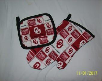 Oklahoma University OU Sooners Oven MItt and Hot Pad Pot Holder Set Great Gift!