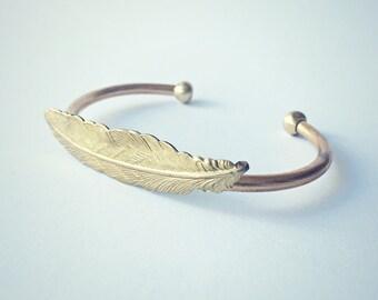 brass feather bangle bracelet, gold feather bracelet, boho bracelet, feather accessory, native american, chevron bracelet