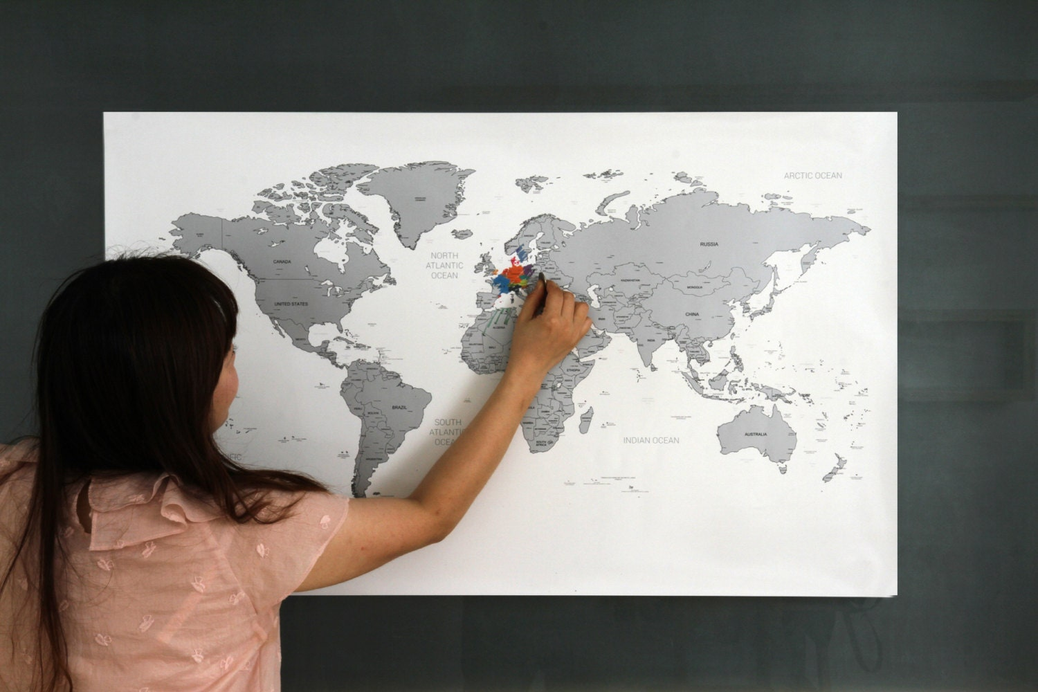 Map world poster black white scratchoff world map poster silver gold publicscrutiny Gallery
