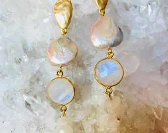 River Pearl and Moon Stone
