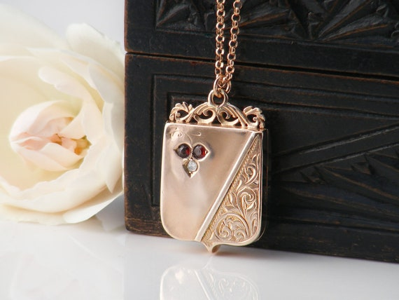 9ct Rose Gold Antique Locket | Solid Gold Shield Locket with Diamond & Garnets 1911 Hallmark | Bridal Gift - 20 Inch Rose Gold Chain