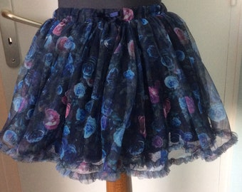 Chic 3 skirt flounces for little Princess T7 - 8 years
