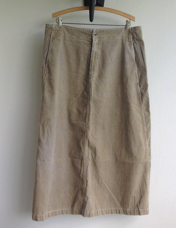 3152e7a877 Eddie Bauer corduroy skirt. Size 18. Mid-calf. Cotton. Curvy