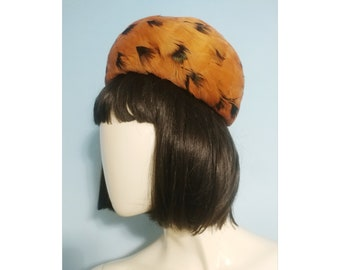 Peachy Keen Feathered Pillbox Hat