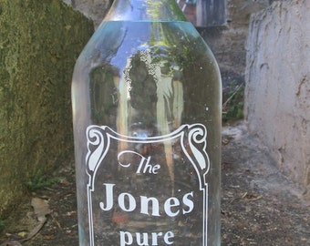 Personalized etched 1L water bottle for fridge or dinner table