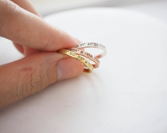 Dainty Coordinates Ring • Stackable Band • Latitude Longitude Ring • Personalized Custom Location Jewelry • Custom Location Ring • RM22F31