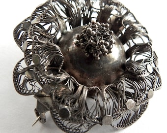 Antique Sterling Filigree Mourning Compartment Brooch for Hair