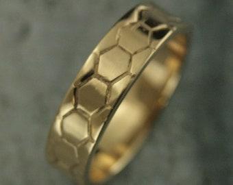 Hexagon Ring 6mm Wide Band Honeycomb Band Men's Wedding Ring Genus Apis Beekeeper Ring 14K Gold Ring Men's Honey Ring Geometric Ring Men's