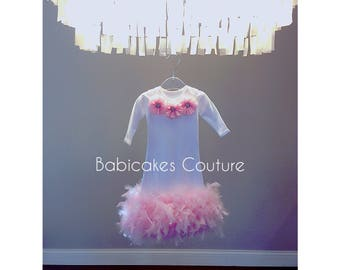 Feather Baby Gown, Feather Sleeper Gown, Feather Baby Dress, Newborn Take Home Outfit, Newborn Photo Outfit, Baby Girl Clothes, Shower Gift