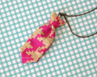 Unisex Mini Tie Pink Houndstooth Necklace Pin