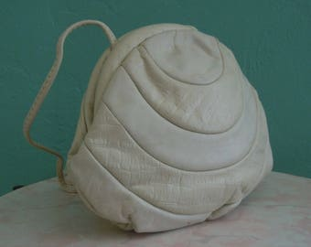80's white leather cross body handbag //  off white dome shaped clutch bag